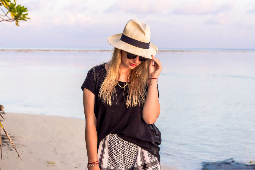 maldives_travel_outfit_fashion_cecilie_copenhagen_hat (6 of 13)