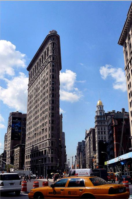 Flatiron_Building_New_york