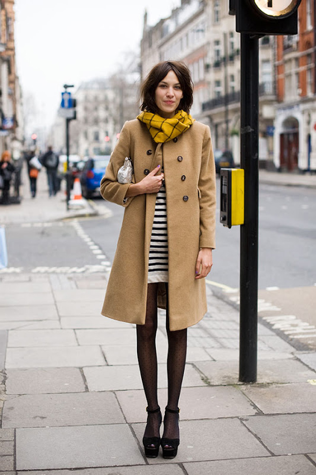 Camel_coat_crush_style_outfit_alexa_chung