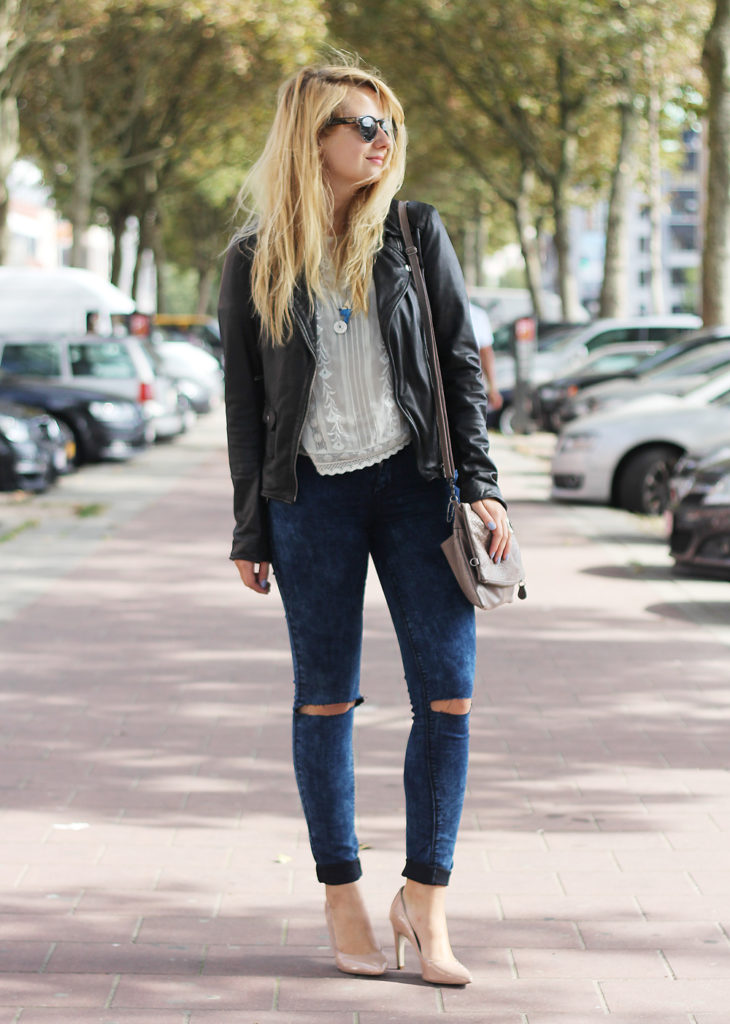 Perfect_leather_jacket_goosecraft_ripped_denim_lace_top_seethrough_outfit_blogger7