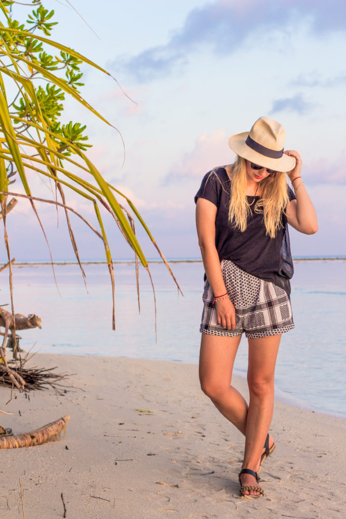 sunset_maldives_travel_outfit_fashion_cecilie_copenhagen_hat (3 of 13)