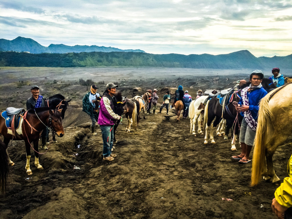 How to visit Mount Bromo and Mount Ijen without an expensive tour from Surabaya