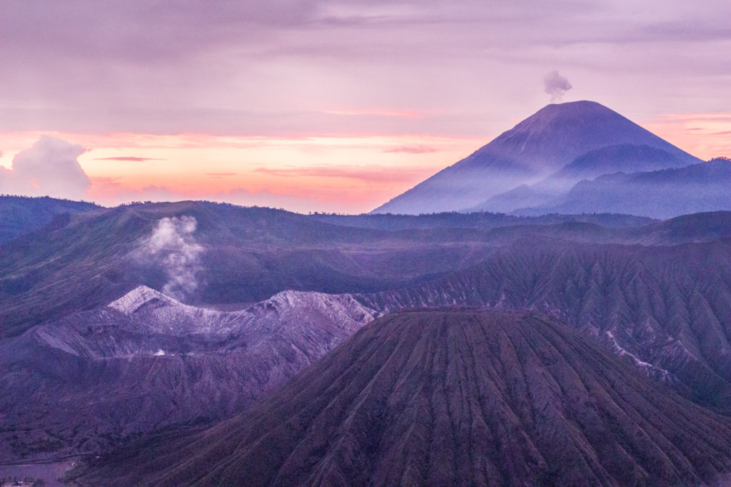 Visit Mount Bromo And Mount Ijen Without An Expensive Tour