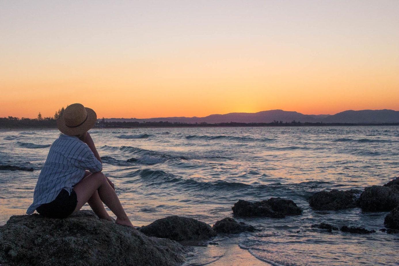 local_spots_byron_bay_sunset_beach_rooftopantics_travelblog